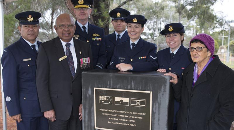 Warrant Officer Don Taylor, Uncle Harry Allie, Acting Chief of Air Force Air Vice - Marshal Warren McDonald, Leading Aircraftman Kyle Wetherall, Leading Aircraftwoman Rachael Ellem, Flight Lieutenant Melinda Mitchell and Aunty Agnes Shea. Photo by Corporal Bill Solomou