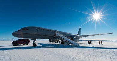 The New Zealand Defence Force has begun its annual airlift support mission to Antarctica, delivering 81 scientific and support people and about three tonnes of baggage and equipment. NZDF photo.