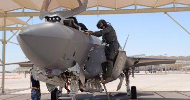 Wing Commander Darren Clare climbs out of aircraft AU 2 after conducting a training mission where his wingman Squadron Leader David Bell flew the 1000th sortie in a Royal Australian Air Force F-35A. USAF photo.