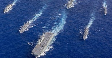 Formation exercise conducted by HMA Ships Adelaide, Success, Melbourne and Toowoomba in company with HMNZS Te Mana and HMCS Vancouver during their transit to Hawaii for Exercise RIMPAC 18. Photo by Able Seaman Christopher Szumlanski.
