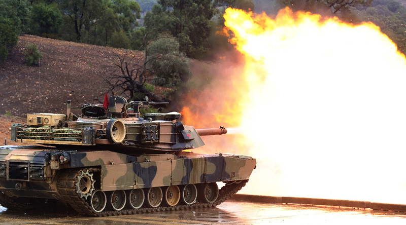 An Australian Army M1A1 Abrams tank fires during Exercise Jericho Dawn 2016. Photo by Sergeant Pete Gammie