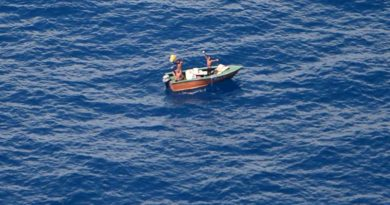 Three fishermen missing from Kiribati found by RNZAF Orion, 9 November 2016. NZDF photo