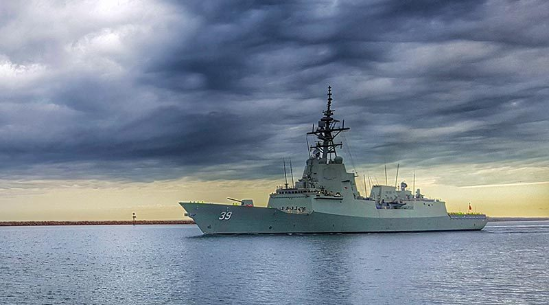 Air Warfare Destroyer NUSHIP Hobart commences its first series of sea trails, September 2016. Photo by Able Seaman Alan Lucas.