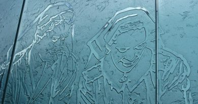 A glass-panel depiction of Australian Army nurses in WWII – part of a magnificent national memorial to Service Nurses on Anzac Parade, Canberra, dedicated in 1999. Photo by Brian Hartigan.