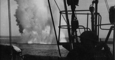 HMAS Perth (1). Circa 1940