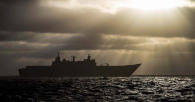 HMAS Adelaide sails north along the coast of Western Australia during Exercise Ocean Explorer 17. Photo by Able Seaman Richard Cordell.