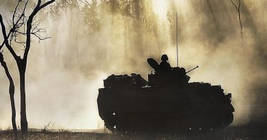 An M113AS4 at Shoalwater Bay. Photo by Leading Seaman Andrew Dakin.