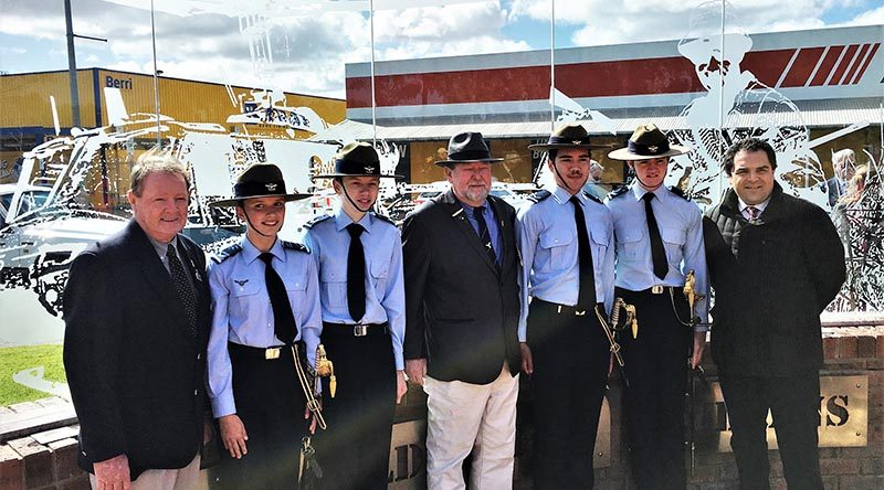 Berri Barmera Mayor Peter Hunt, LCDT Ashleigh Minnis, CCPL Owen Parry, VVAA Riverland Branch President Max Binding, LCDT Michael Powell, LCDT Ross Anderson and Tony Pasin MP. Image supplied by 603 Squadron.