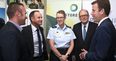 Corporal Chris May from the School of Armour, Major General Mark Kelly (retired) from the Repatriation Commission, Commander Joint Health and Surgeon General of the Australian Defence Force Air Vice Marshall Tracy Smart, Chair of Phoenix Australia – Centre for Posttraumatic Mental Health Michael Strong and Minister for Veterans' Affairs Dan Tehan, at the launch of the Rapid Exposure Supporting Trauma Recovery (RESTORE) trial in Melbourne – 3 February 2017. Photo by Corporal Mark Doran.