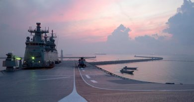 Landing craft depart HMAS Adelaide before sunrise, to conduct humanitarian-aid and disaster-response training with the Singapore Armed Forces in Changi Bay, Singapore, during Indo Pacific Endeavour 2017. Photo by Leading Seaman Peter Thompson.