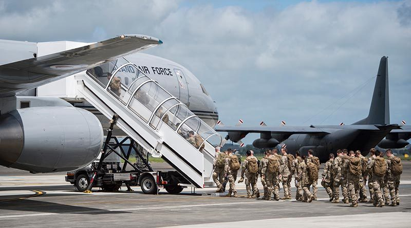 NZDF troops leave home for Australia and pre-deployment training before heading to Iraq. NZDF photo.