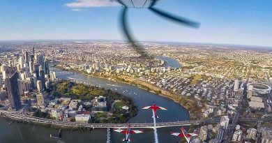 RAAF Roulettes over Brisbane. Roulettes' photo.