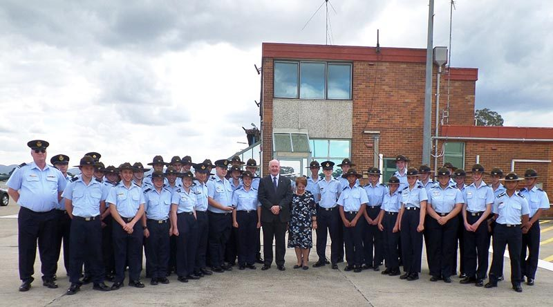 Governor General Sir Peter Cosgrove with 336 Squadron AAFC.