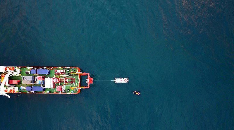 MV Stoker despatches a submarine rescue vessel during Exercise Black Carillon 2017.
