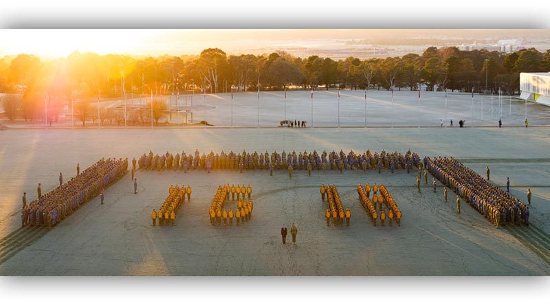 Nearly 1000 officer cadets and midshipmen from the Australian Defence Force Academy show their support to Invictus Games 2018 at University of New South Wales, Canberra. Photo by John Carroll.