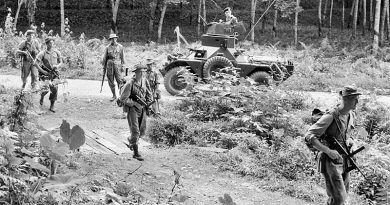 Members of B Company 2 RAR go on a patrol in Perak in 1956. AWM photo HOB/56/0751/MC via anzacportal.dva.gov.au