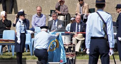 The blessing of the new 622 Squadron Banner by the 6 Wing Chaplain, Flight Lieutenant (AAFC) John Bennett. Photo by Flying Officer (AAFC) Paul Rosenzweig.