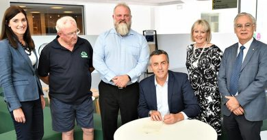 Nicolle Flint MP, coordinator of the William Kibby VC Veterans Shed Barry Heffernan, Flinders University Professor Ben Wadham, Minister for Veterans' Affairs Darren Chester, DVA Secretary Liz Cosson and Deputy Vice-Chancellor (Research) Flinders University Professor Robert Saint. Photo supplied.