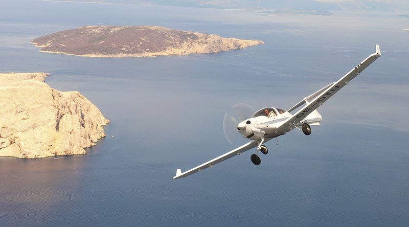 Diamond DA40 – courtesy Diamond aircraft company.