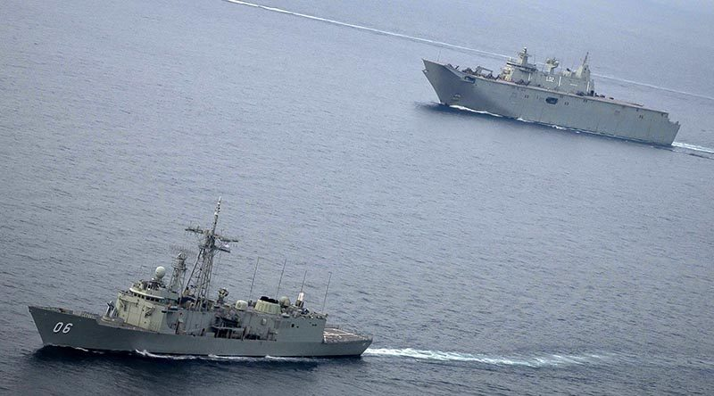 HMA Ships Newcastle and Canberra underway during Indo-Pacific Endeavour 2019. (cropped) Photo by Leading Seaman Kylie Jagiello.