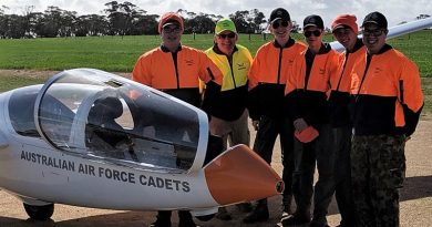 6 Wing gliding trainees at Balaklava Airfield during the July Gliding Camp (left to right): CWOFF Ian van Schalkwyk, WOFF(AUX) Rod Hamilton, LCDT Alexander Pearce, CCPL Samuel Ward, CCPL Tim Cox and LCDT Brian Telford. Photo by WOFF(AUX) Steve Shuck