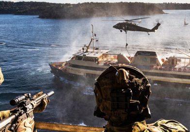 Commandos storm Sydney ferry
