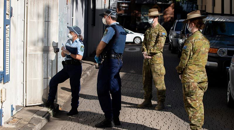Australian Army soldiers support New South Wales Police with quarantine compliance checks in Sydney. Photo by Corporal Chris Beerens.