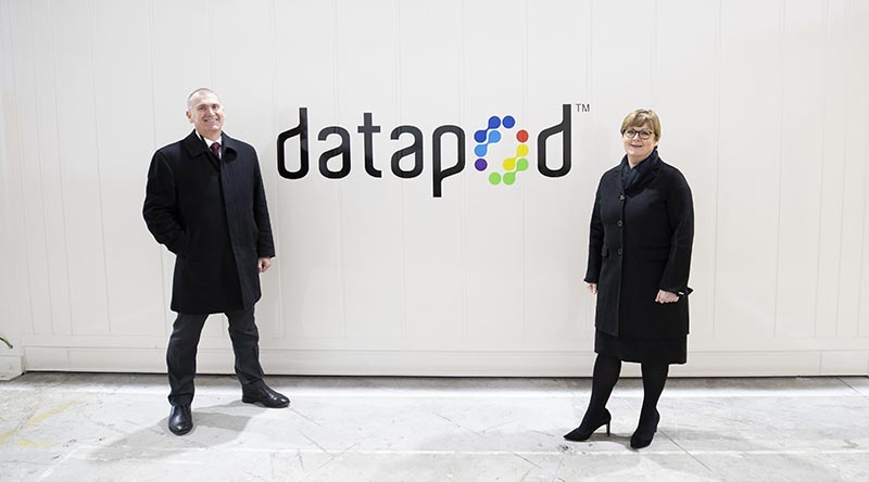 Managing Director of DATAPOD Scott Carr with Minister for Defence Linda Reynolds with a DATAPOD. Photo by Kym Smith.