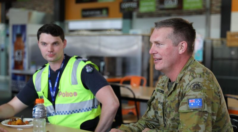 Commandant Army Logistics Training Centre Colonel Jim Matchett visits Victoria Police members staying at the Albury Wodonga Military Area.