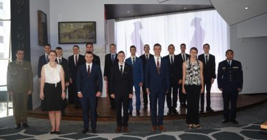 The 15 new appointees to the Australian Army and Royal Australian Air Force at the Maroochydore Defence Force Recruiting Centre.