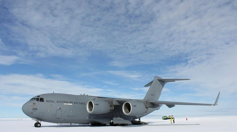 A RAAF C-17A Globemaster III at Wilkins Aerodrome in Antarctica during Operation Southern Discovery. Photo by Michael Wright.
