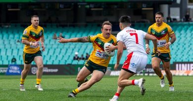 Private Dylan McGregor for ADFRL runs the ball at the Turkish defence during the 2021 ANZAC Day Rugby League clash at the Sydney Cricket Ground. Photo by Leading Seaman Nadav Harel.