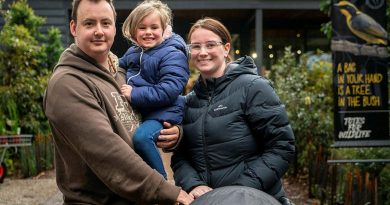 Sergeant Nathan Jeffrey, from Simpson Barracks, with his wife Stephanie and daughter Abigail at the Defence Community Organisation families event at Healesville Sanctuary, Victoria. Story by Graham Broadhead. Photo by Petty Officer James Whittle.