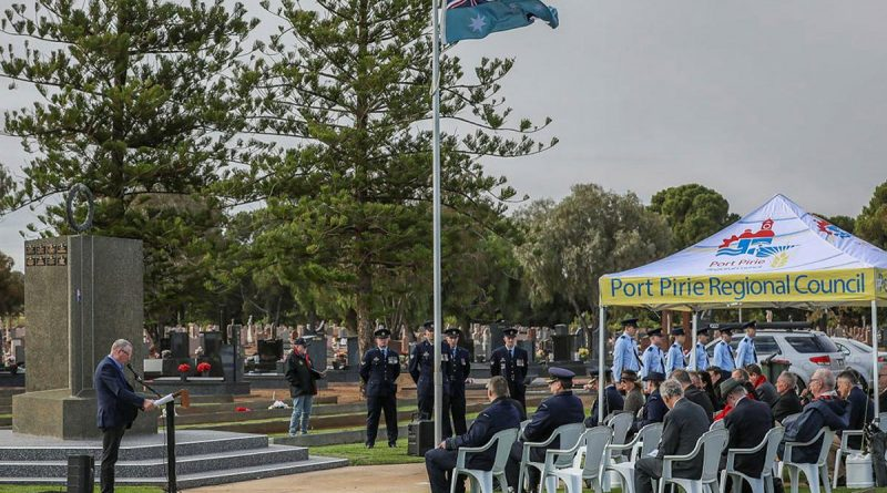 Air Force personnel and members of the Port Pirie community commemorate the 80th anniversary of the loss of 22 aircrew under training at Port Pirie during World War II at Port Pirie Cemetery, SA. Story by Flight Lieutenant Nat Giles. Photo by Corporal Brenton Kwaterski.