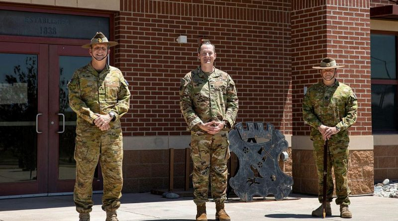 Lieutenant Colonel Drew Rhodes, centre, with Brigadier Jason Blain, left, and Warrant Officer Class One Matthew Bold at Fort Carson, Colorado Springs. Story by Captain Taylor Lynch 30 June 2021. Photo by Corporal Nicole Dorrett.