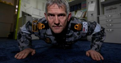 Lieutenant Shaun Logan, from Navy Engineering Systems Centre – Stirling, WA, took part in the 2021 Push-Up Challenge for mental health awareness. Story by Leading Seaman Kylie Jagiello. Photo by Leading Seaman Ronnie Baltoft.