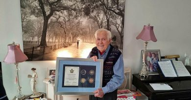 World War II veteran Geoff Bydder with his Air Force 2021 commemorative memento. Story by Warrant Officer Bradley Parmenter.