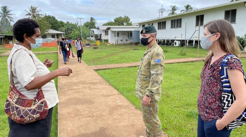 Dr Pommat provides a tour of the Daru hospital facility in PNG to members of the ADF and Department of Foreign Affairs and Trade. Story by Captain Jessica O'Reilly.