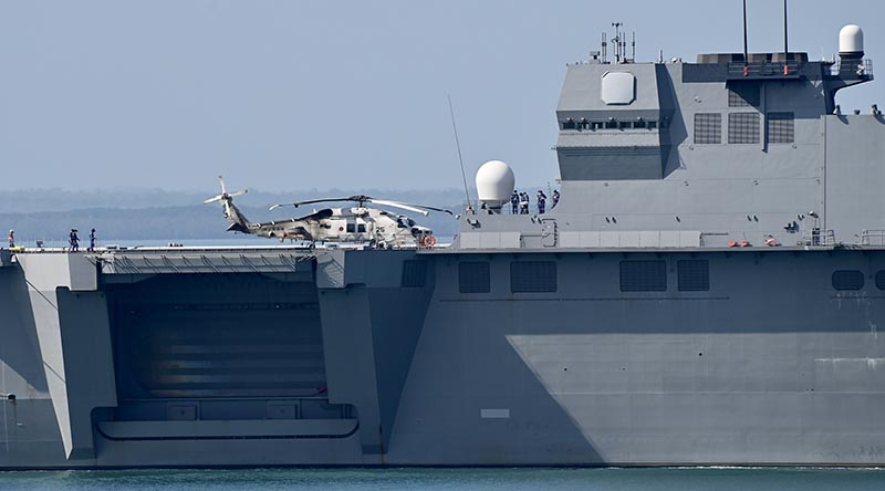 JS Kaga arrives in Darwin for a port visit. Photo by Barrie Collins.